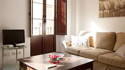 Alquiler de apartamentos tursticos en sevilla quirs for Apartamentos modernos decorados