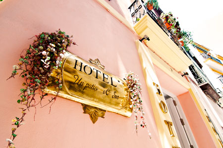 The Hotel S Location In Ping District Offers A Central For Visiting City Arenal And Santa Cruz Quarters Are Within 5 10