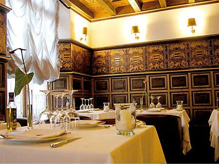 Hotel las casas de la juderia restaurant for Hotel casa de los azulejos tripadvisor