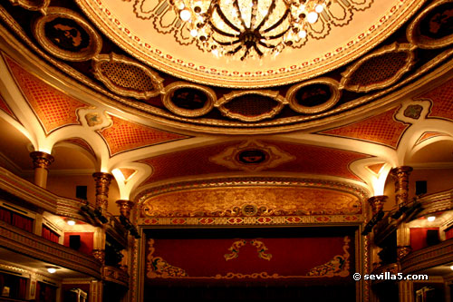 Teatro lope de vega sevilla - Red and gold interior design ...