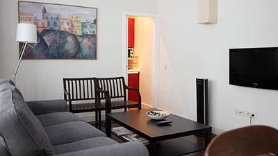 Apartamentos lvarez quintero sevilla for Apartamentos baratos en sevilla por dias