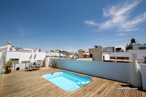 Shared roof-top with swimming pool. The pool is available from 01st of June  to 30th of September.