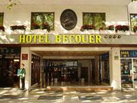 Sevilla hoteles hoteles en sevilla con piscina for Hoteles baratos en sevilla con piscina