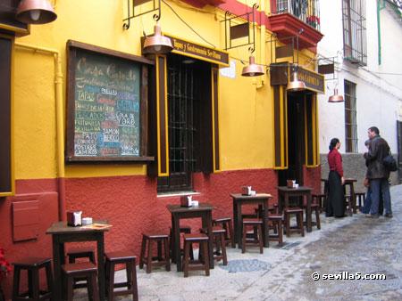 Hosteria Del Laurel Surroundings And Neighborhood