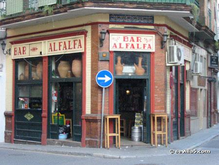 Hostal lis i surroundings and neighborhood - Bar coloniales sevilla ...