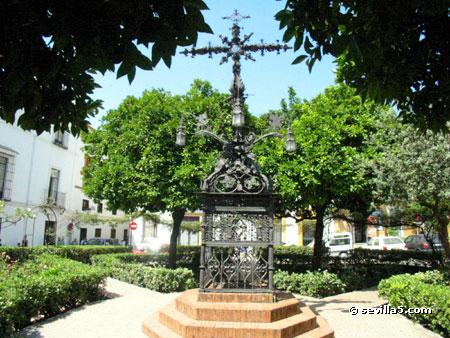 Hotel Petit Palace Santa Cruz Surroundings And Neighborhood