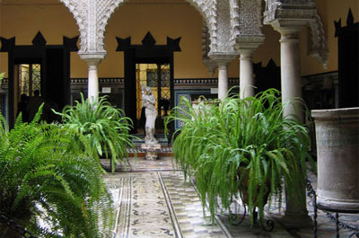 Palacio de lebrija seville for Alquiler de casas en lebrija sevilla